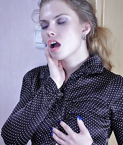 Nasty crossdresser opens up his mouth and backdoor for a strapon-armed lady